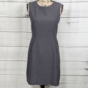 T TAHARI Gray Sleeveless Sheath Dress